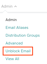 El menú Admin de Microsoft 365 se abrió con Desbloquear correo electrónico a continuación